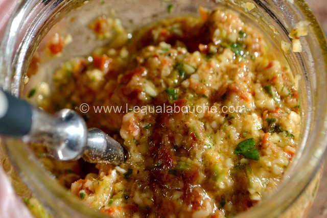 Condiment à l'Ail et  aux Tomates Séchées © Ana Luthi Tous droits réservés 009