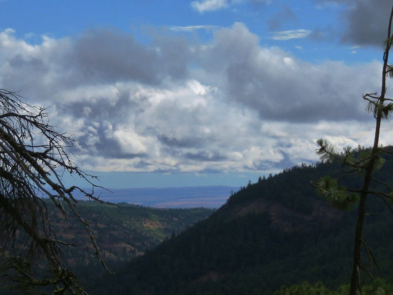 Looking east toward the Central Oregon plain