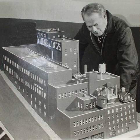 Dick_Yuengling_Sr.-model