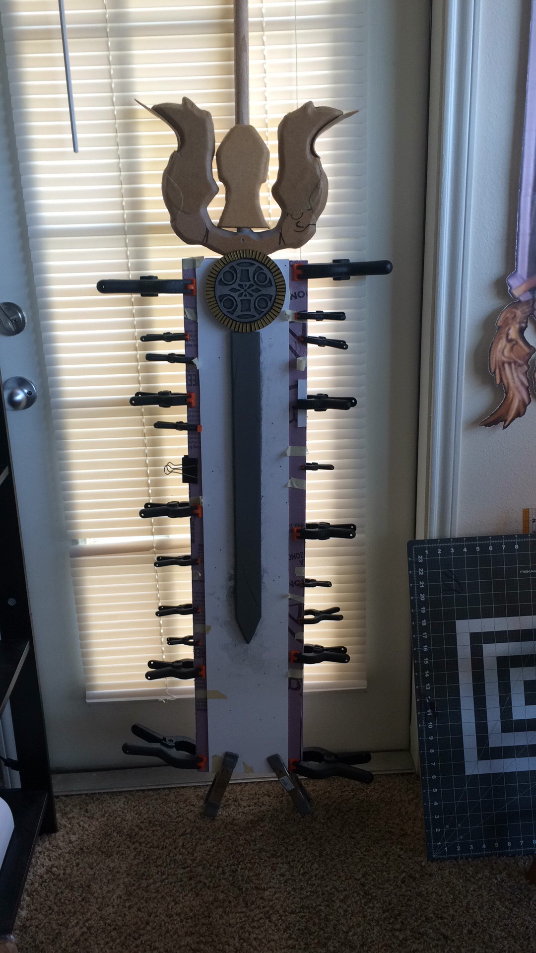 Gladiolus Sword Cosplay Glue