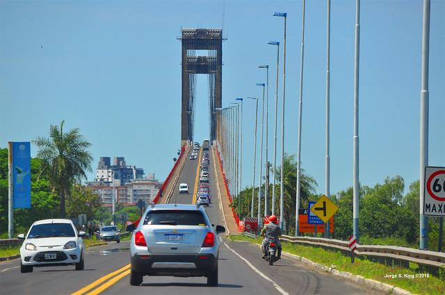 Acceso al Puente General Belgrano