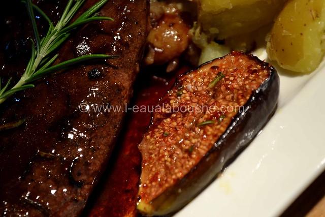Magret de Canard Sauce au Bordeaux & Figues Rôties © Ana Luthi Tous droits réservés 31