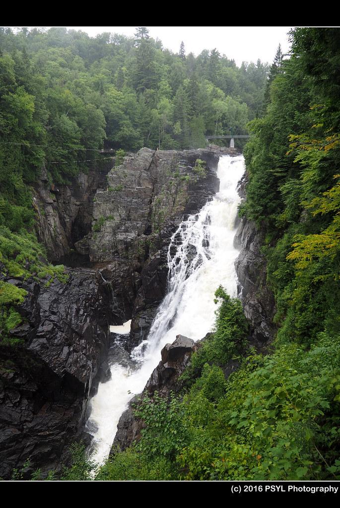 Sainte-Anne Falls