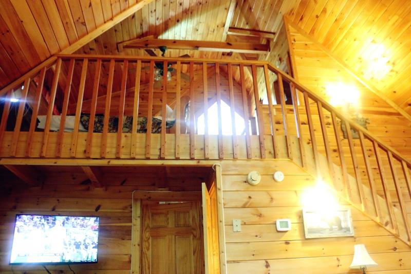 log-cabin-loft-master-bedroom-6