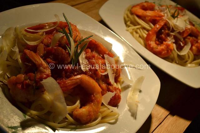 Spaghetti aux Crevettes & aux Trois Poivrons  © Ana Luthi Tous droits réservés 6
