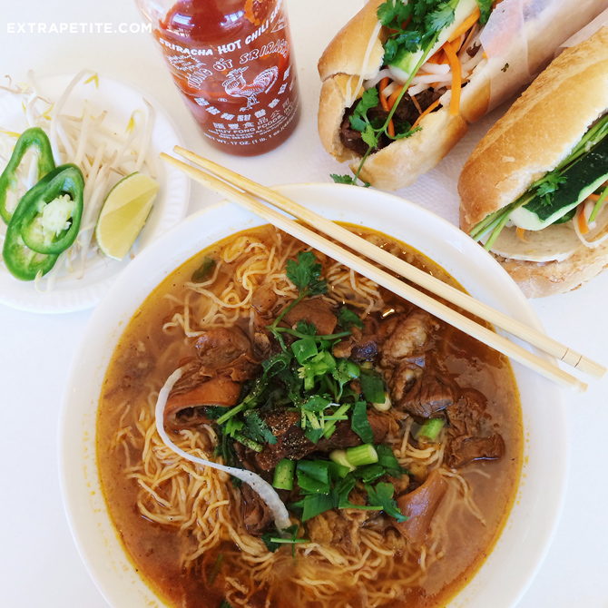 boston best vietnamese noodles banh mi_pho viets hoa