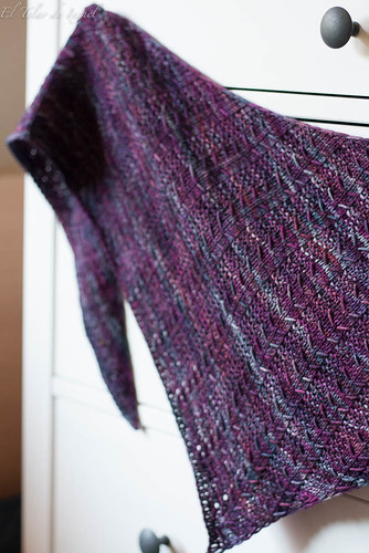 Upwards shawl