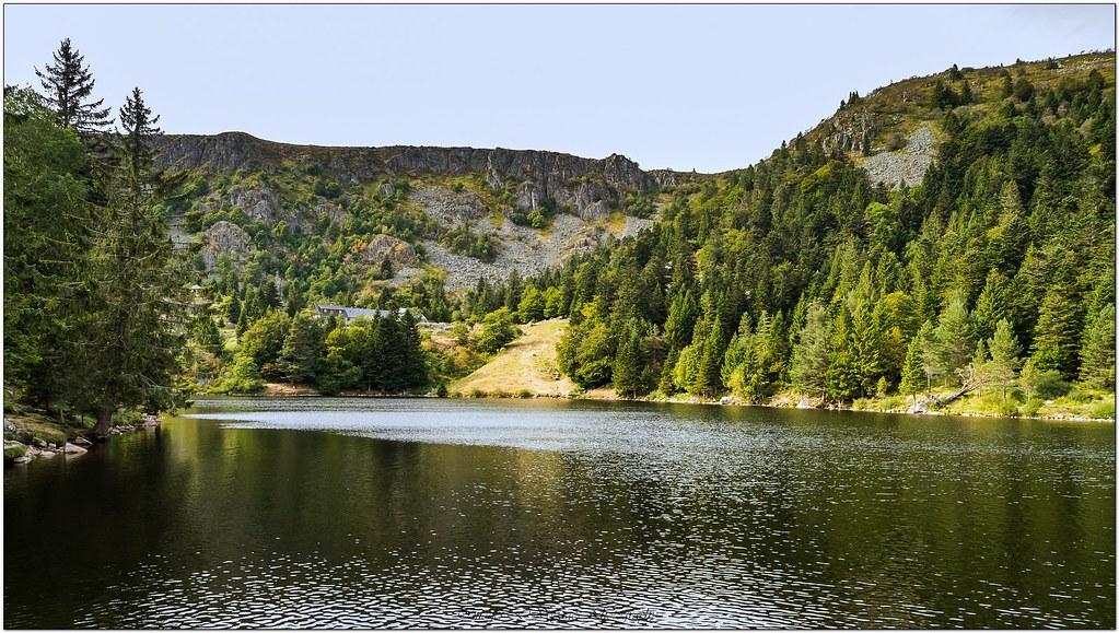 Le Lac du Forlet  29315999502_d62a8a2a7f_b