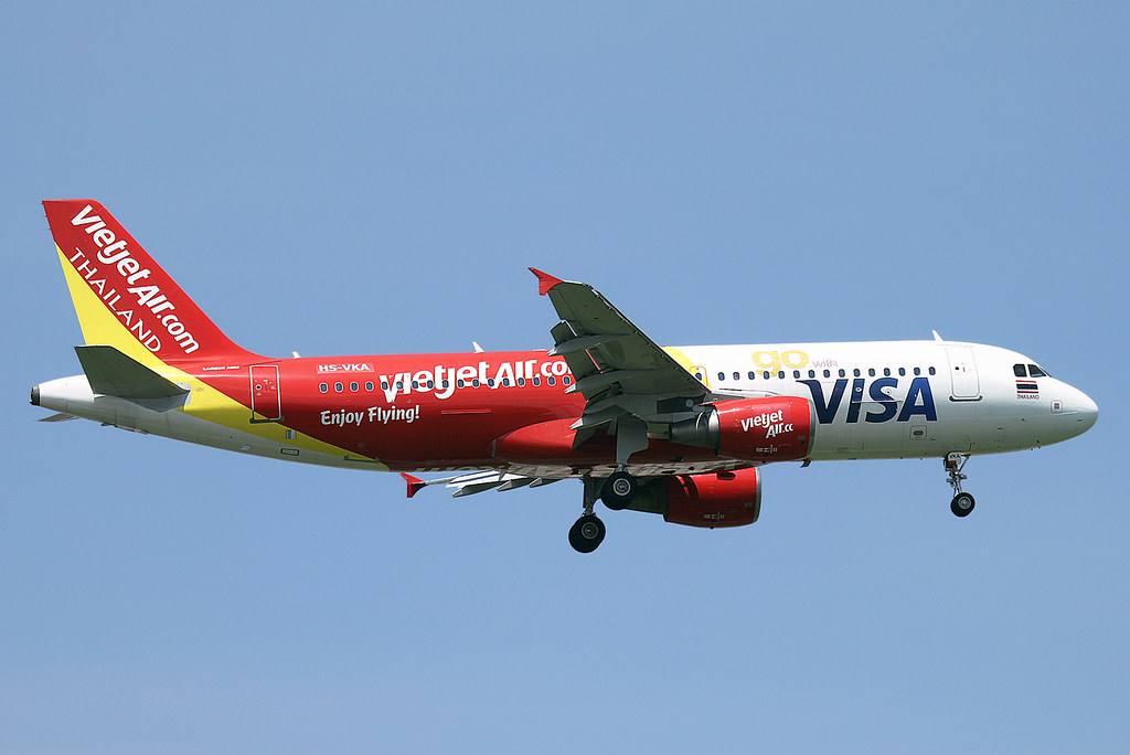 HS-VKA VietjetAir Airbus A320 at Bangkok on 12 June 2016