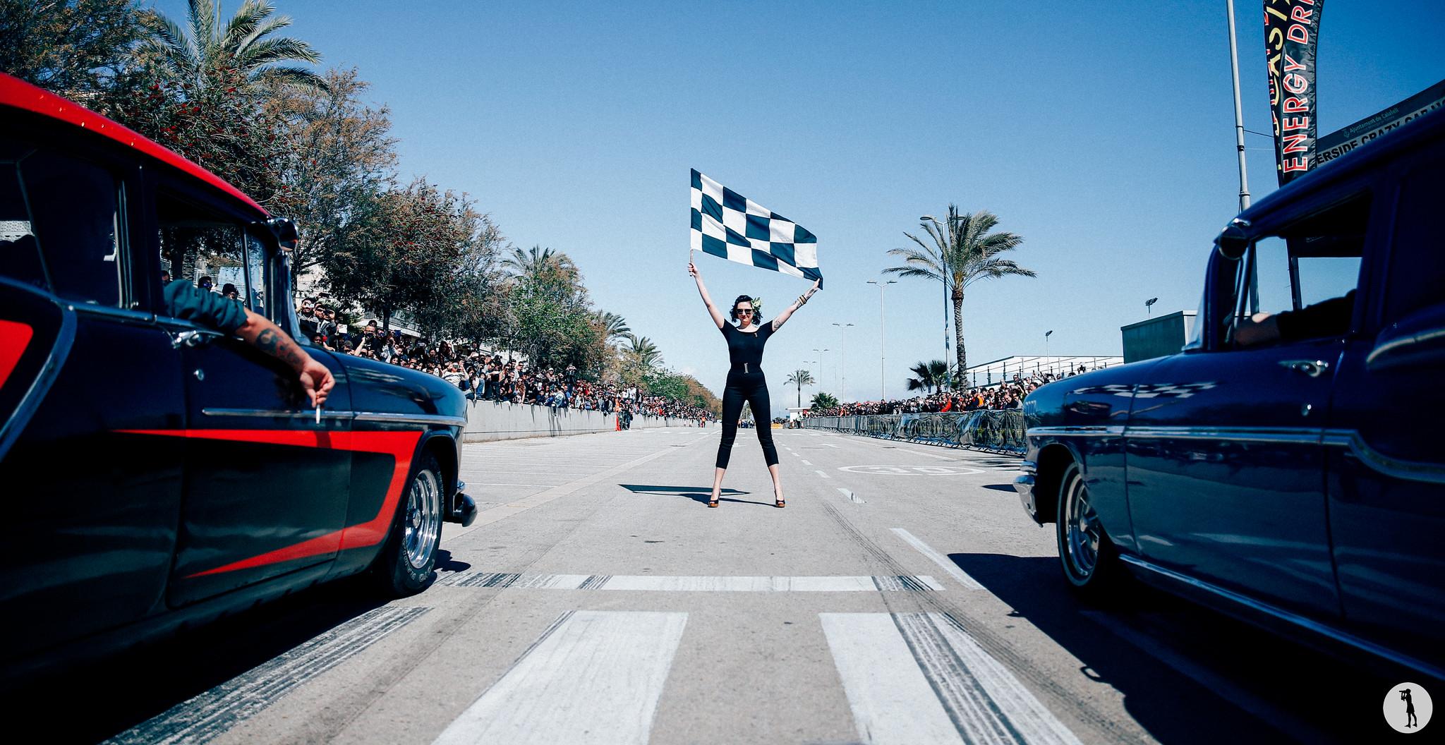 Riverside Car Show 2016, Calafell, Spain. Pin-up. Rockabilly. Flag girl.