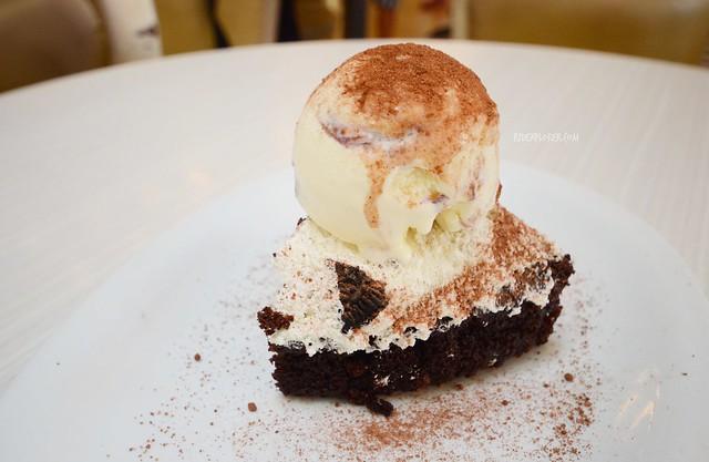missy bon bon cake with gelato