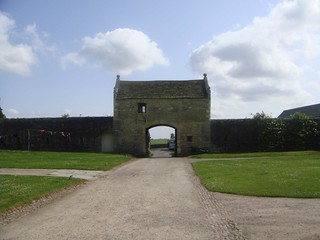 Markenfeld Hall Gate