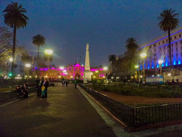 DSC09815 Plaza de Mayo_pinnomapa_flickr