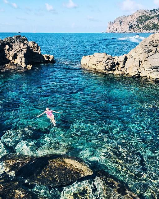 _ilcarritzi_deià_mallorca_mediterranean_island_miranda_makaroff_