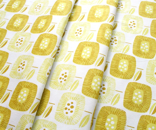キャンバス Cloud9 Fabrics Around The Block 157908 Block Blooms Yellow Canvas