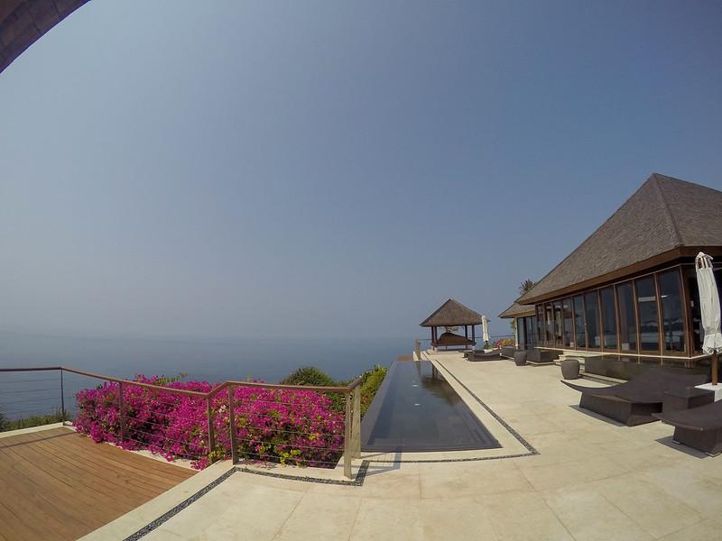 27697541614 00290fd940 c - REVIEW - The Edge, Uluwatu (Bali)