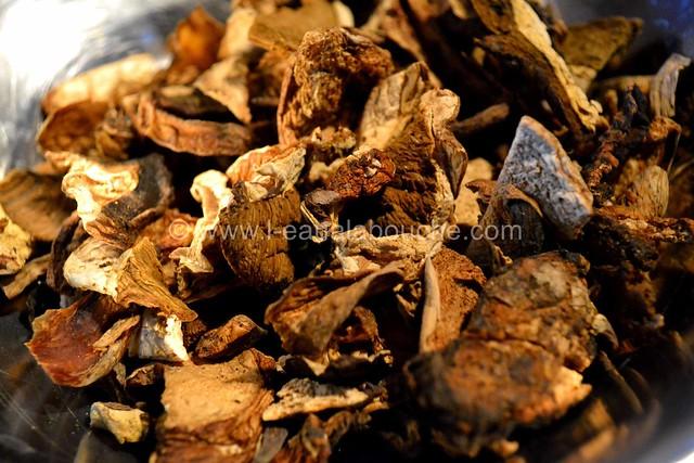 Filets Mignons aux Cèpes & Penne Rigate Gratinés © Ana Luthi Tous droits réservés  001