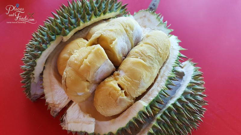 taman pertama durian stall d24