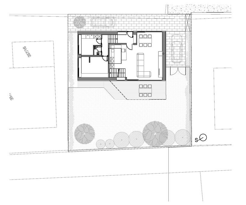 Планировка энергоэффективного дома с мезонином в Любляне