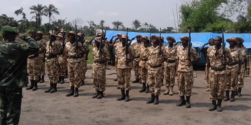 saluting trainers at end guard training