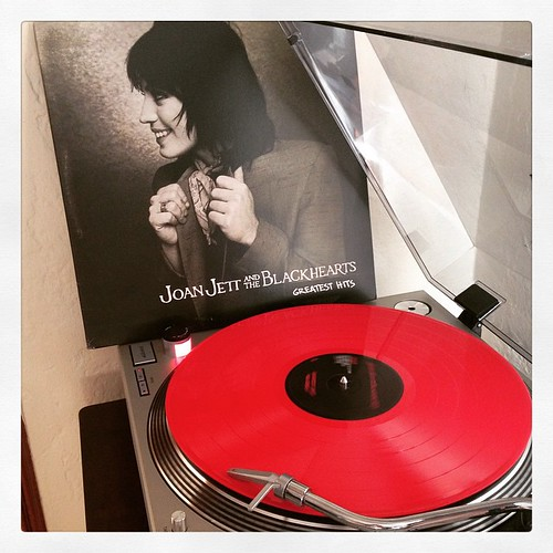 @newburycomics #rockinmyworld with this #redhot #redwax edition of a #joanjett hits collection. ❤️ #queenofnoise #nowspinning #vinyligclub #vinyloftheday #vinylisbeautiful #clubrpm #photographicplaylist