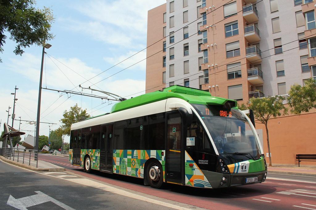 Solaris Trollino 12 MetroStyle - TUCs - n°10 - 3703 JBN