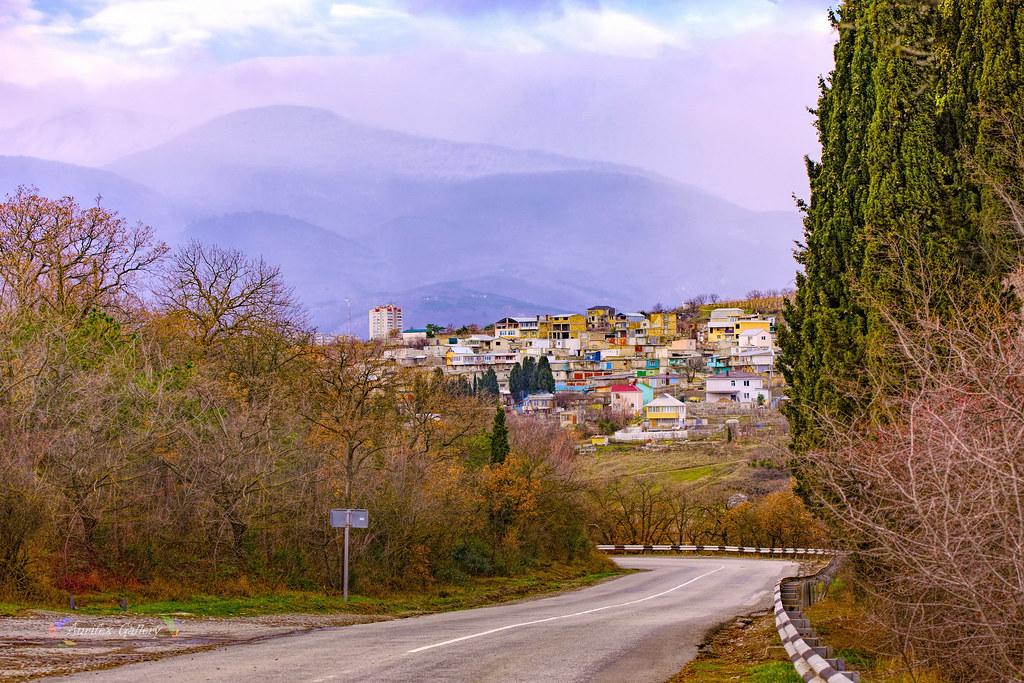 Crimean mountain roads