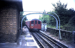 London Underground 1938 Stock 061974b
