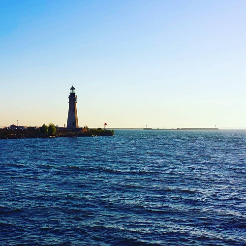 Buffalo Harbor lighthouse #buffalo #lighthouse #water #blueskies