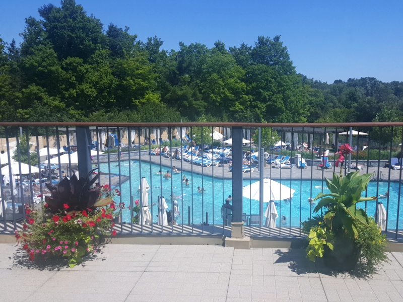 Richmond Hill Country Club pool