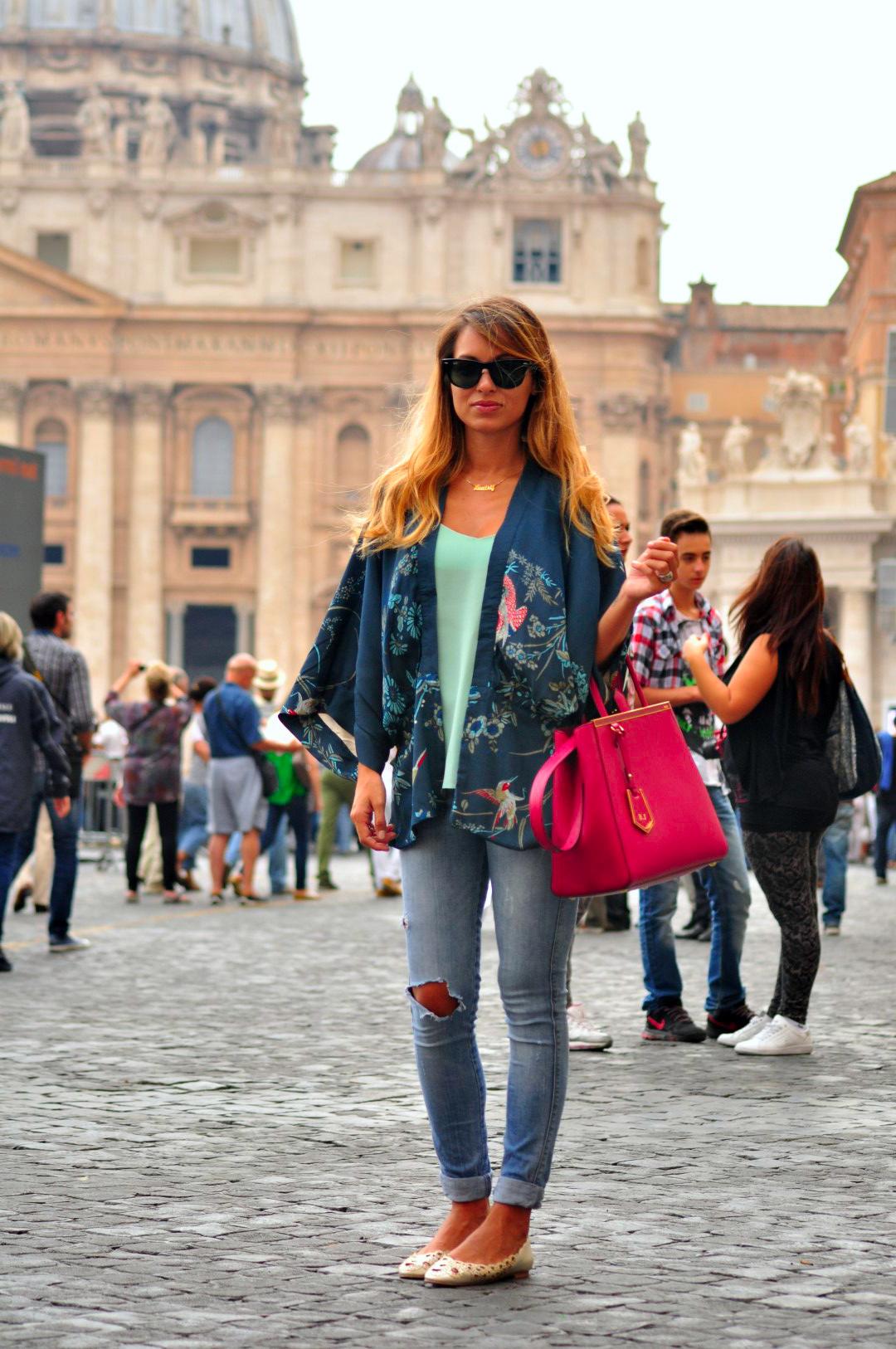 Ropa en el Vaticano, Roma, Italia roma - 29656679110 8bd2879aa4 o - 21+1 Cosas que NO hacer en Roma, Italia