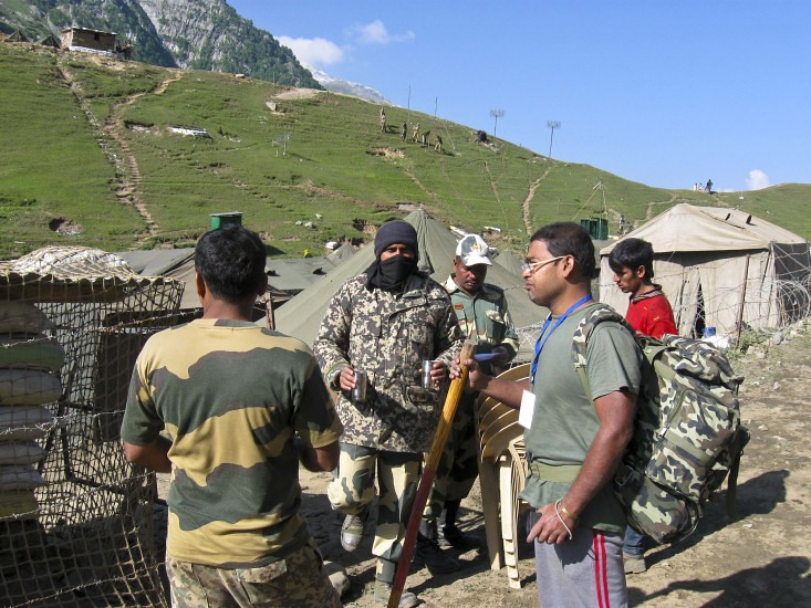 Indian Army and Madhu during Amarnath Yatra 2016, Jammu and Kashmir, India