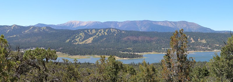 The PCT tops the ridge, providing great views of Big Bear Lake, ski slopes, and the San Gorgonio 9 Peaks