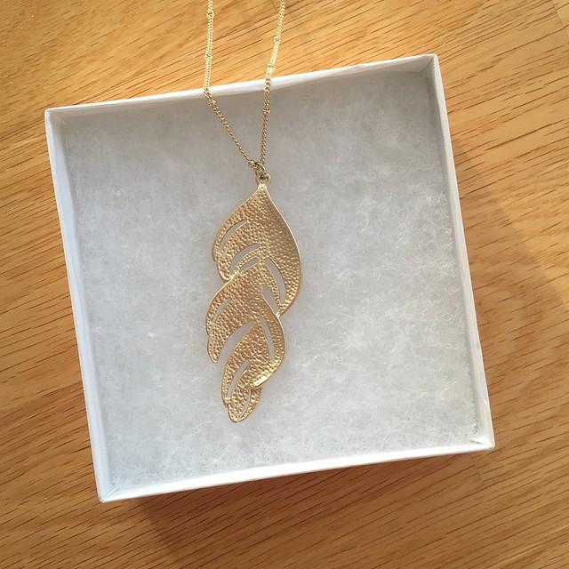 Romolo Munroe Feather Pendant Necklace