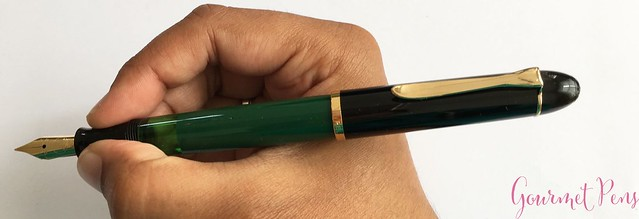 Review Pelikan M120 Green & Black Fountain Pen @couronneducomte 13