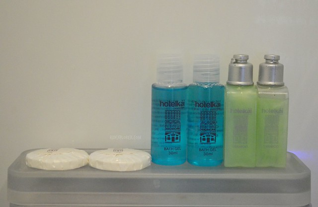 hotel kai shower amenities