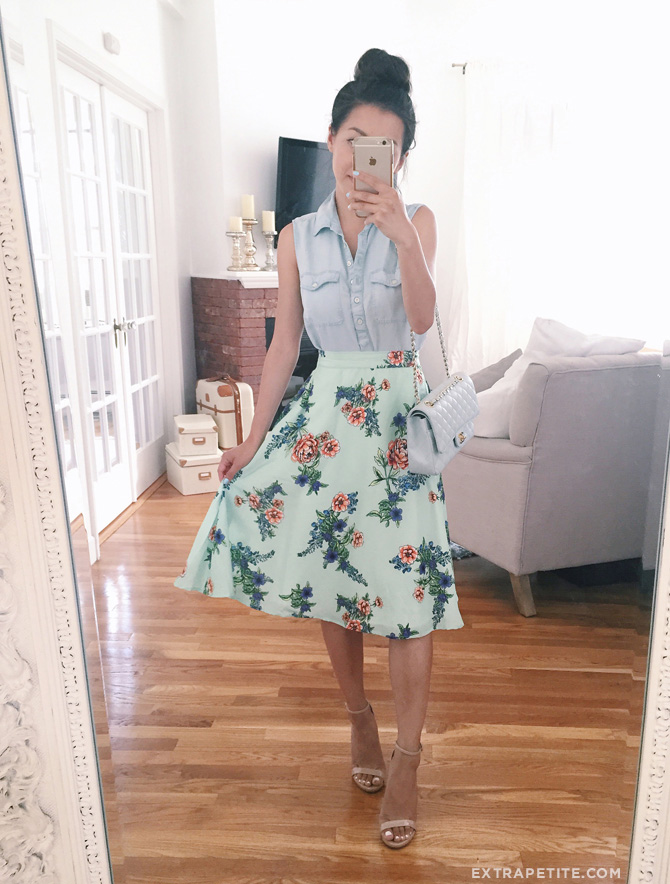 retro vintage style floral skirt outfit idea_extra petite blog