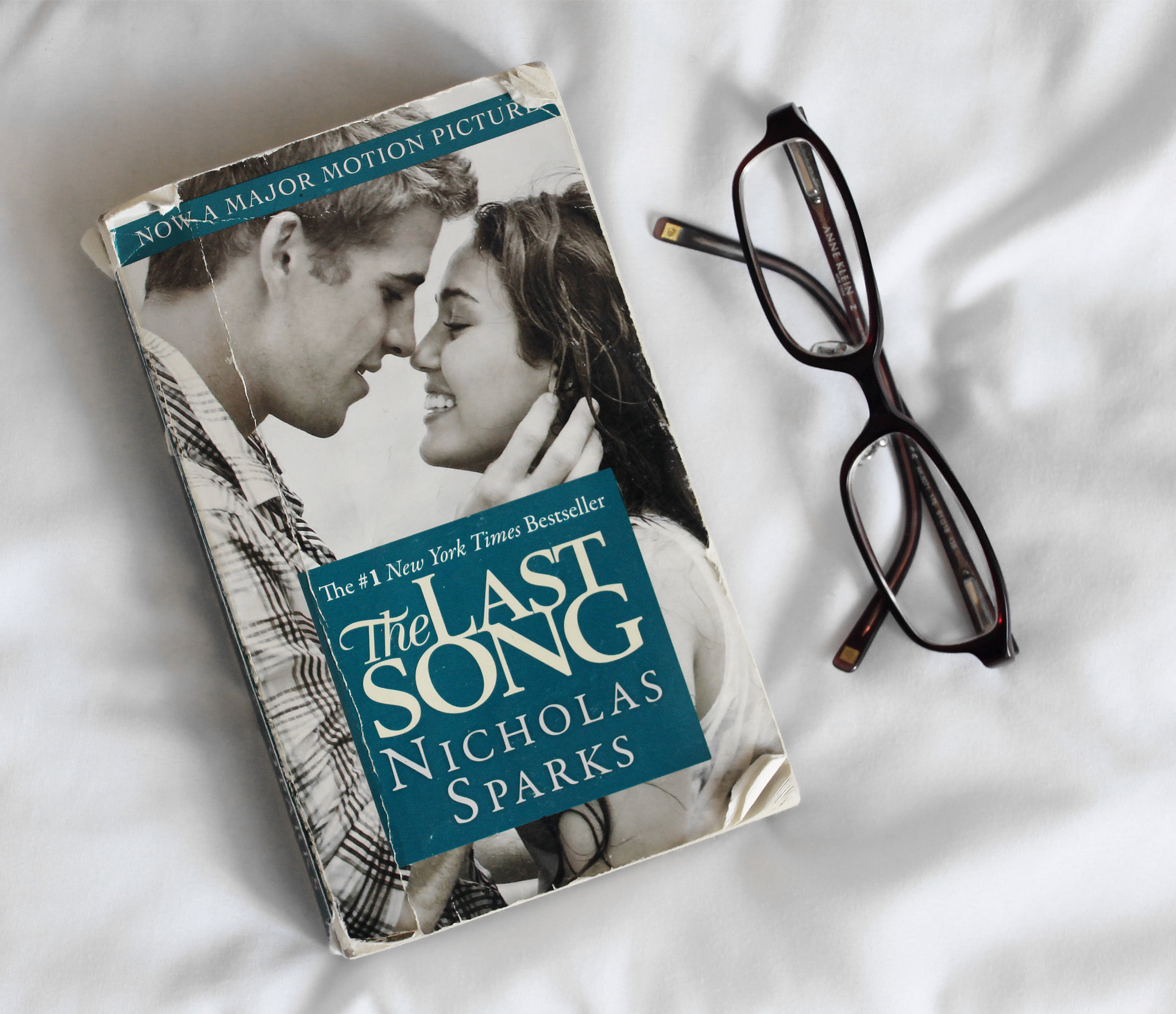 2786-nicholas-sparks-the-last-song