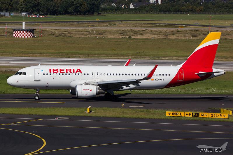 Iberia - A320 - EC-MCS (1)