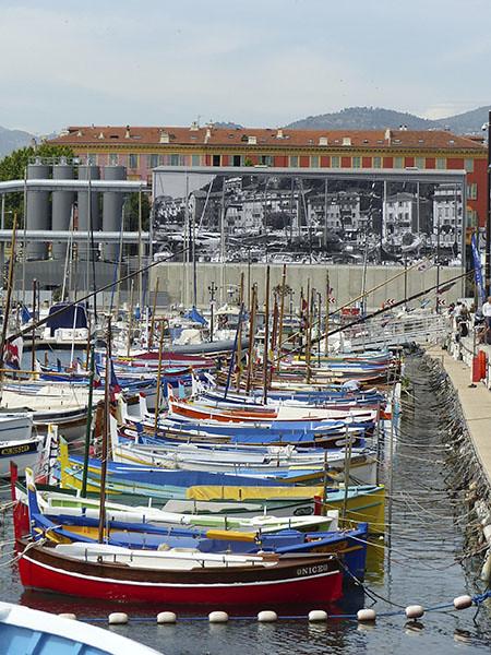 les pointus du port de Nice