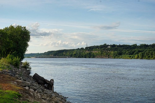 Mississippi River in Hastings, looking at Lock and Dam #2