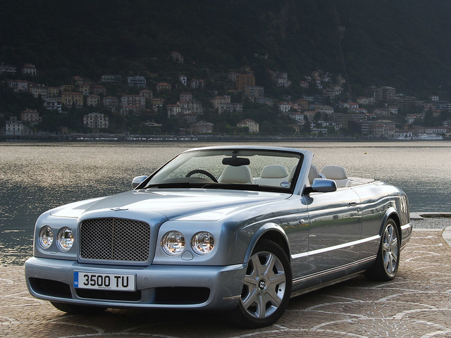 Кабриолет Bentley Azure для рынка Британии. 2007 – 2008 годы