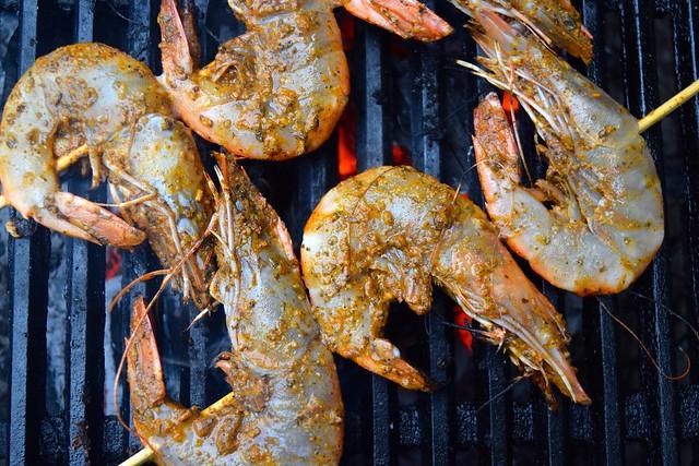 Barbecuing Giant Cajun Shrimp | www.rachelphipps.com @rachelphipps