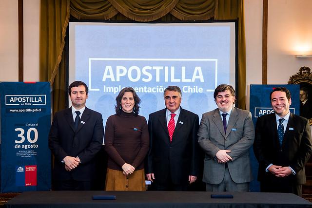 Cancillería firma acuerdo de colaboración interinstitucional para la implementación y funcionamiento de la Apostilla en Chile