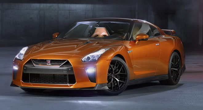 2017-Nissan-GT-R-FL-22a