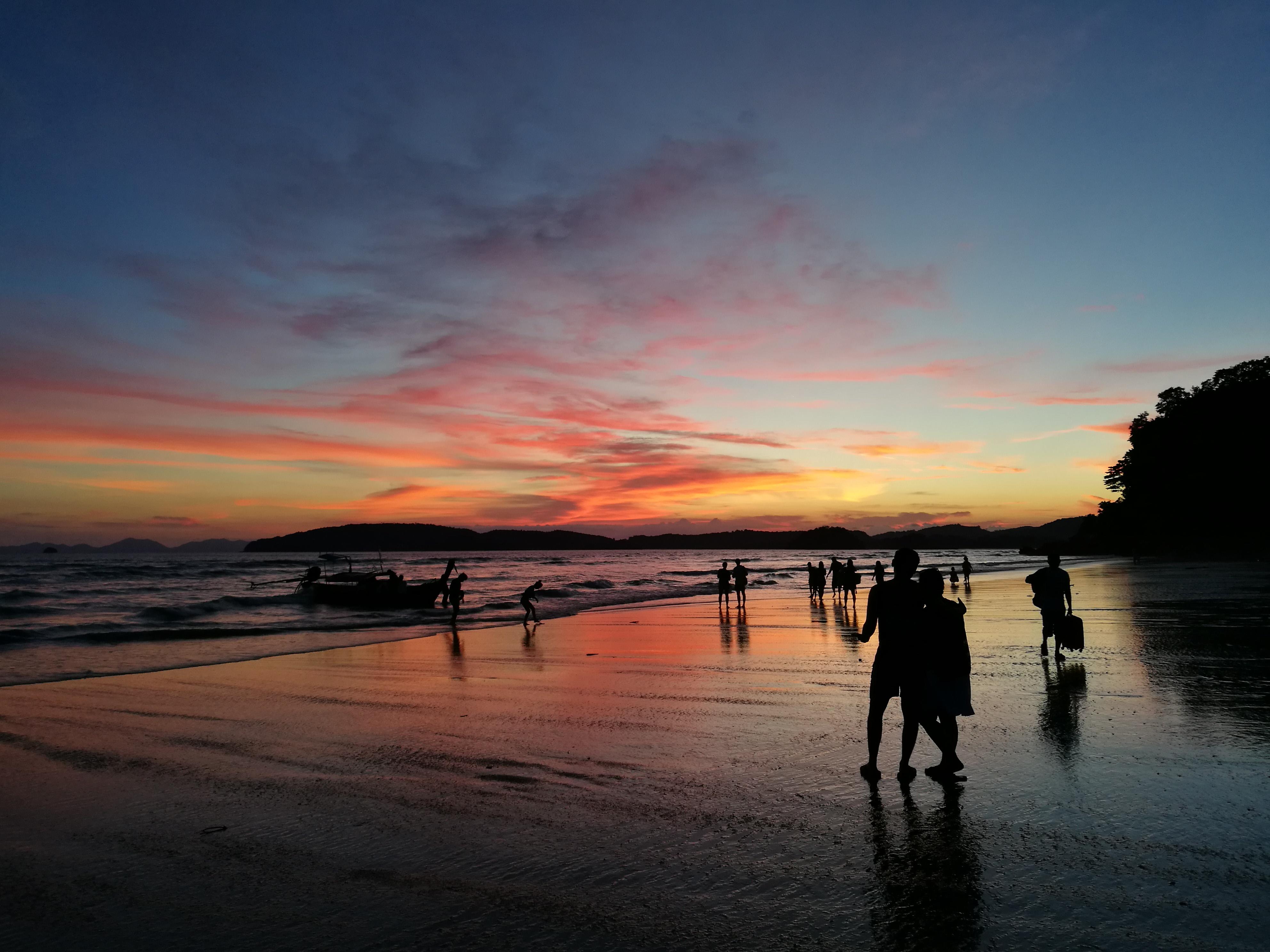泰国夕阳风景图片