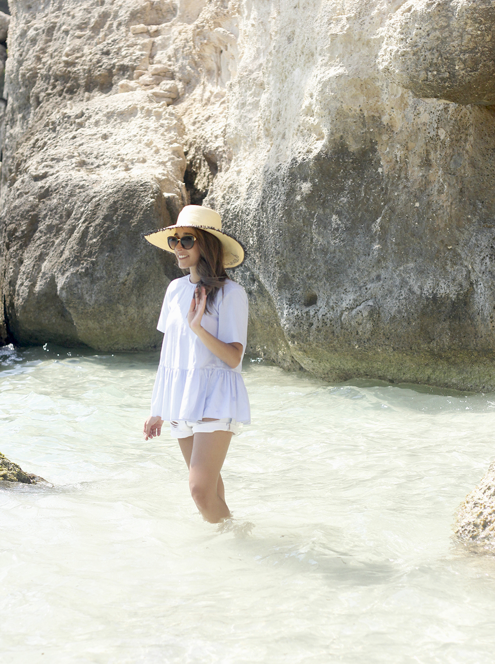 beach outfit blue blouse with bows shorts hat sunnies summer fashion style10
