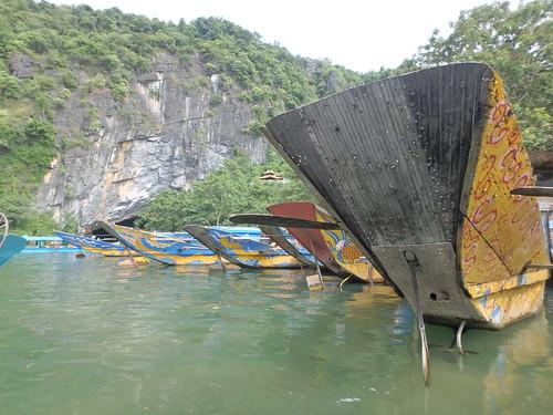 phong-nha-boat-ride-13