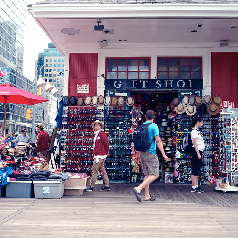 Harbourfront Gift Shop_