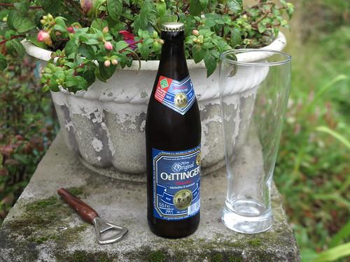 Alkoholfreies OETTINGER Weizen & Zitrone (zum Zieleinlauf nach 10km)
